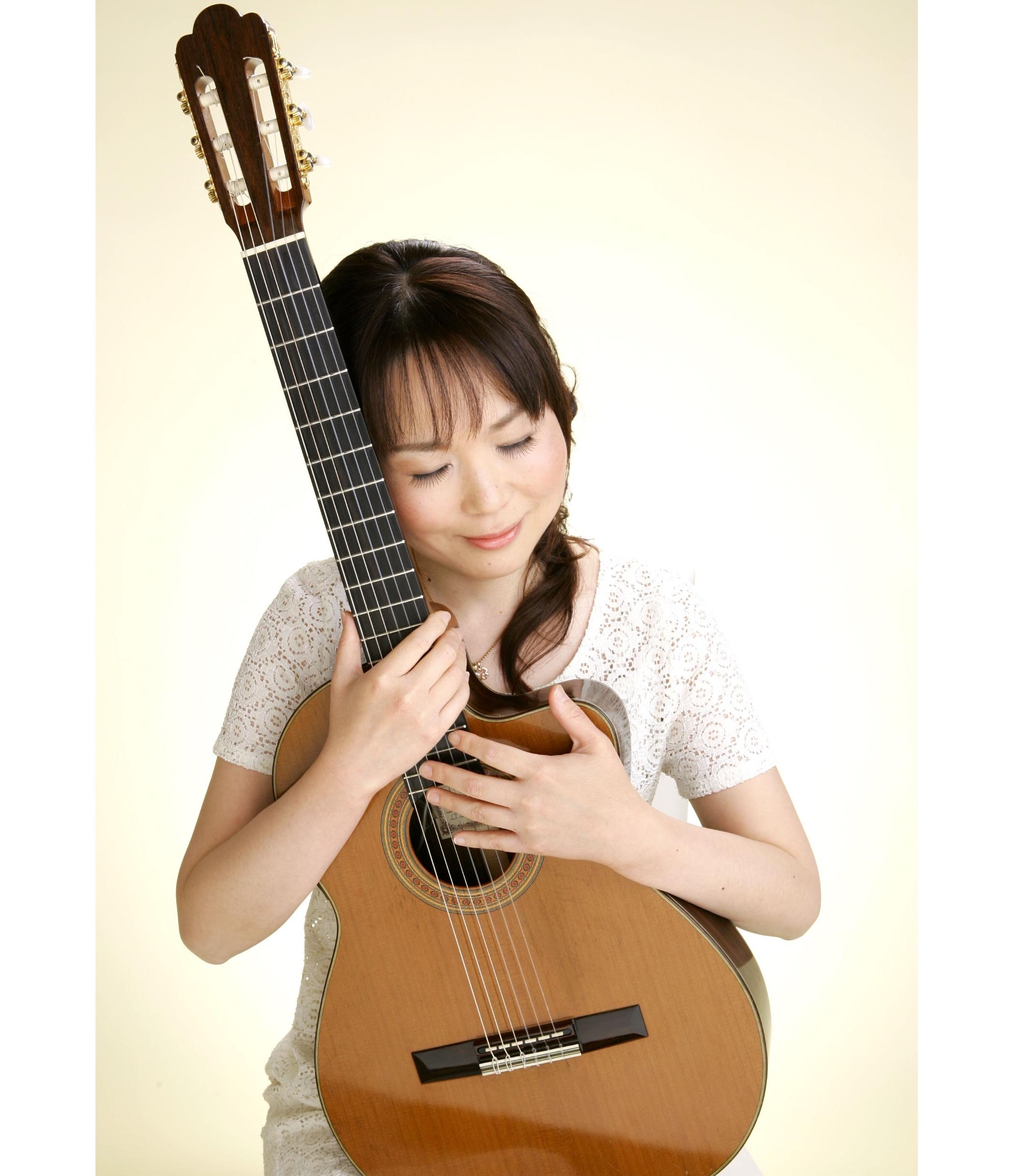 西澤早苗ボサノバシンガー&ギター