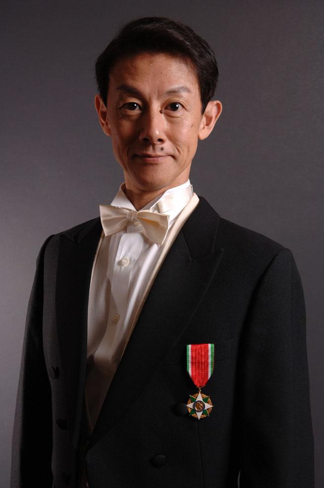 青木 純カンツォーネ(歌、ギター)