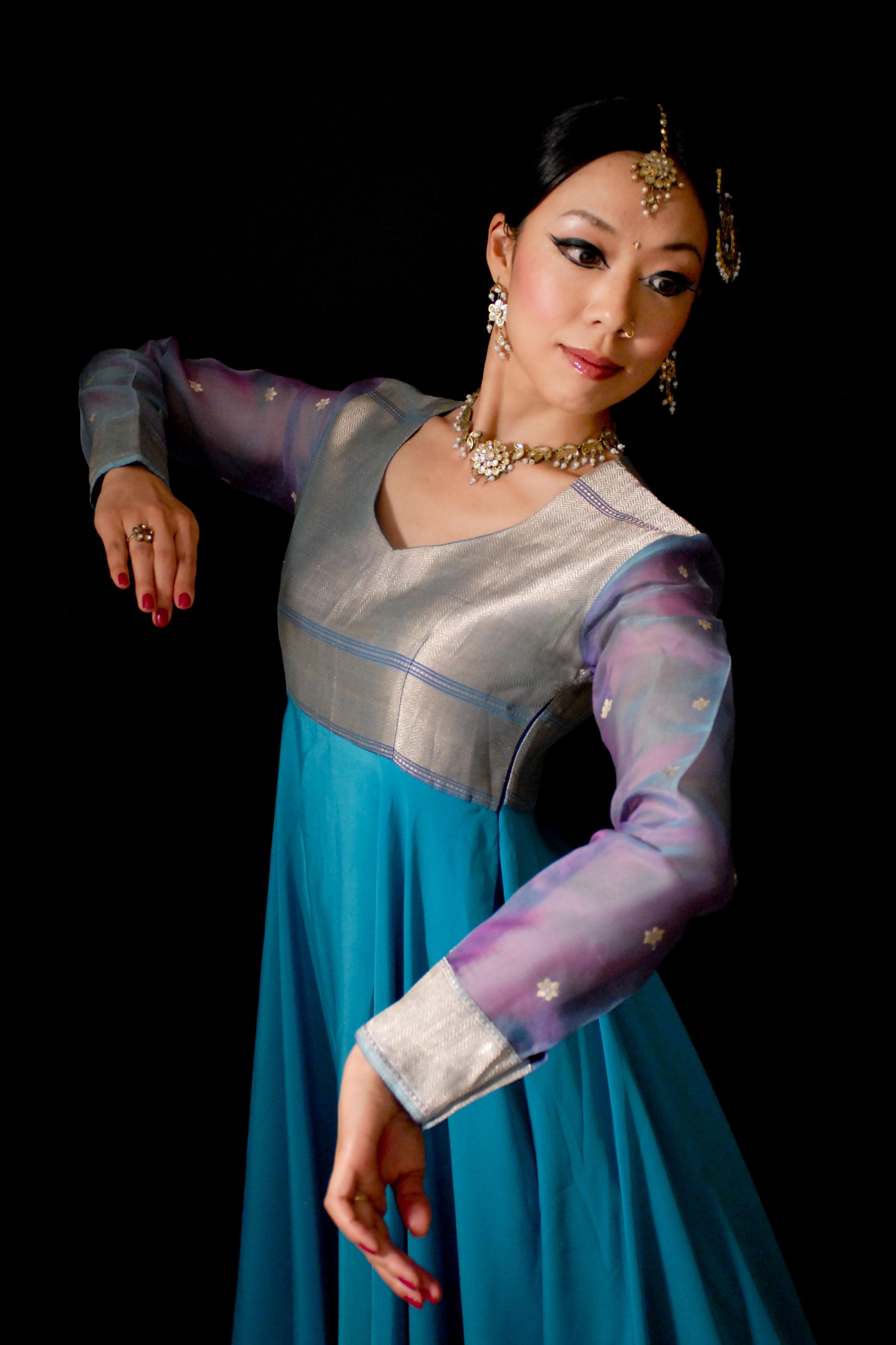 前田あつこ インド古典舞踊・カタックダンス
