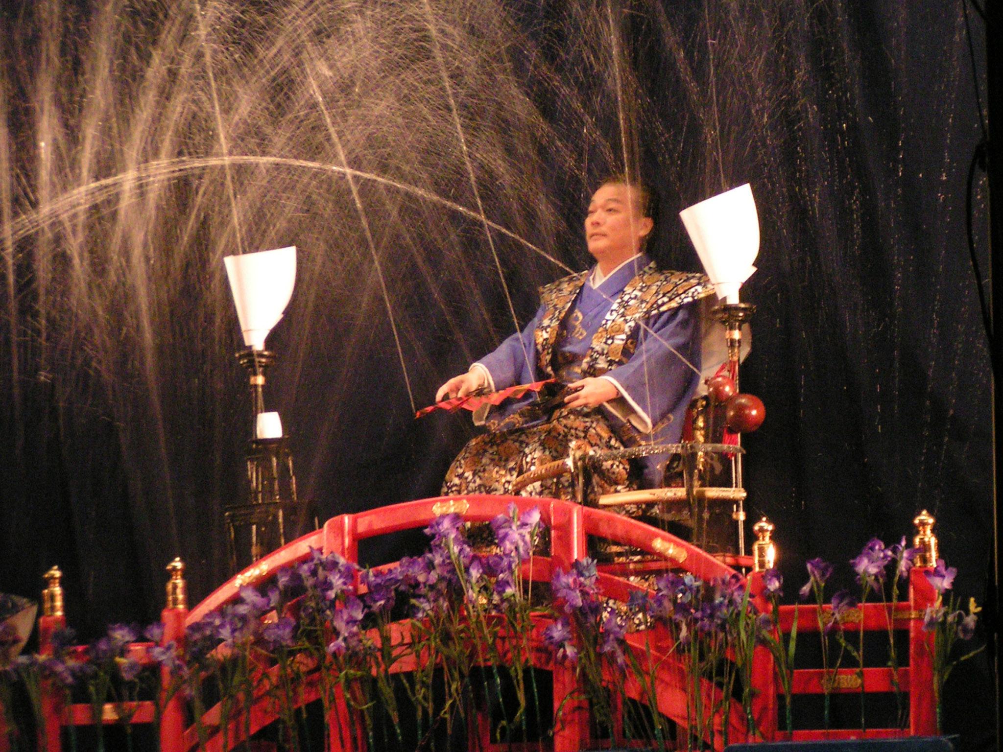 江戸手妻(日本の伝統奇術)藤山新太郎