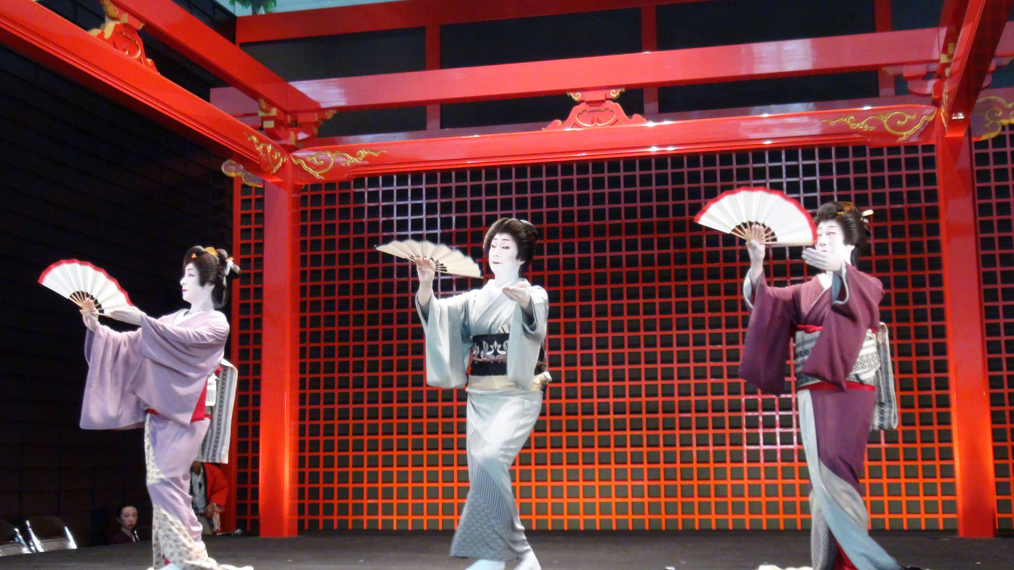 芸者衆による日本舞踊