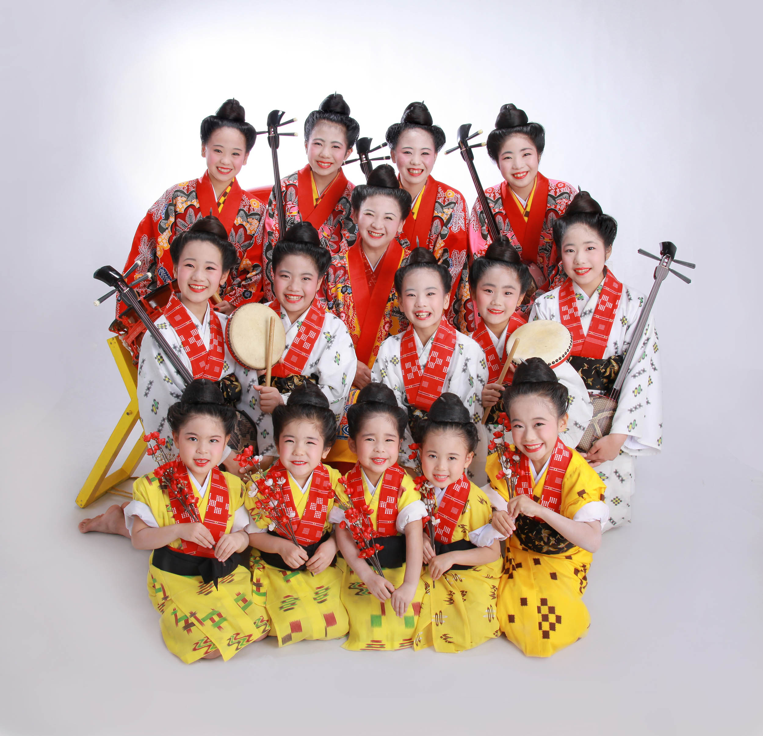 島うた少女テン 沖縄民謡グループ