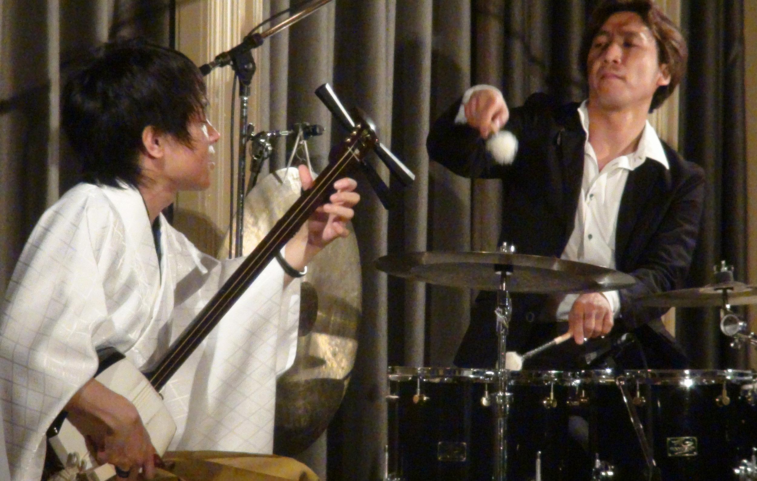 津軽三味線 × ドラム