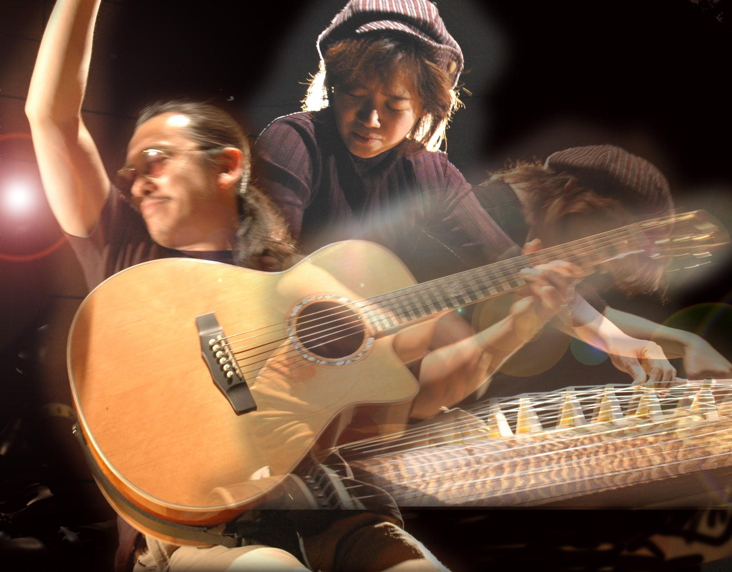 AKI & KUNIKO箏×ギター