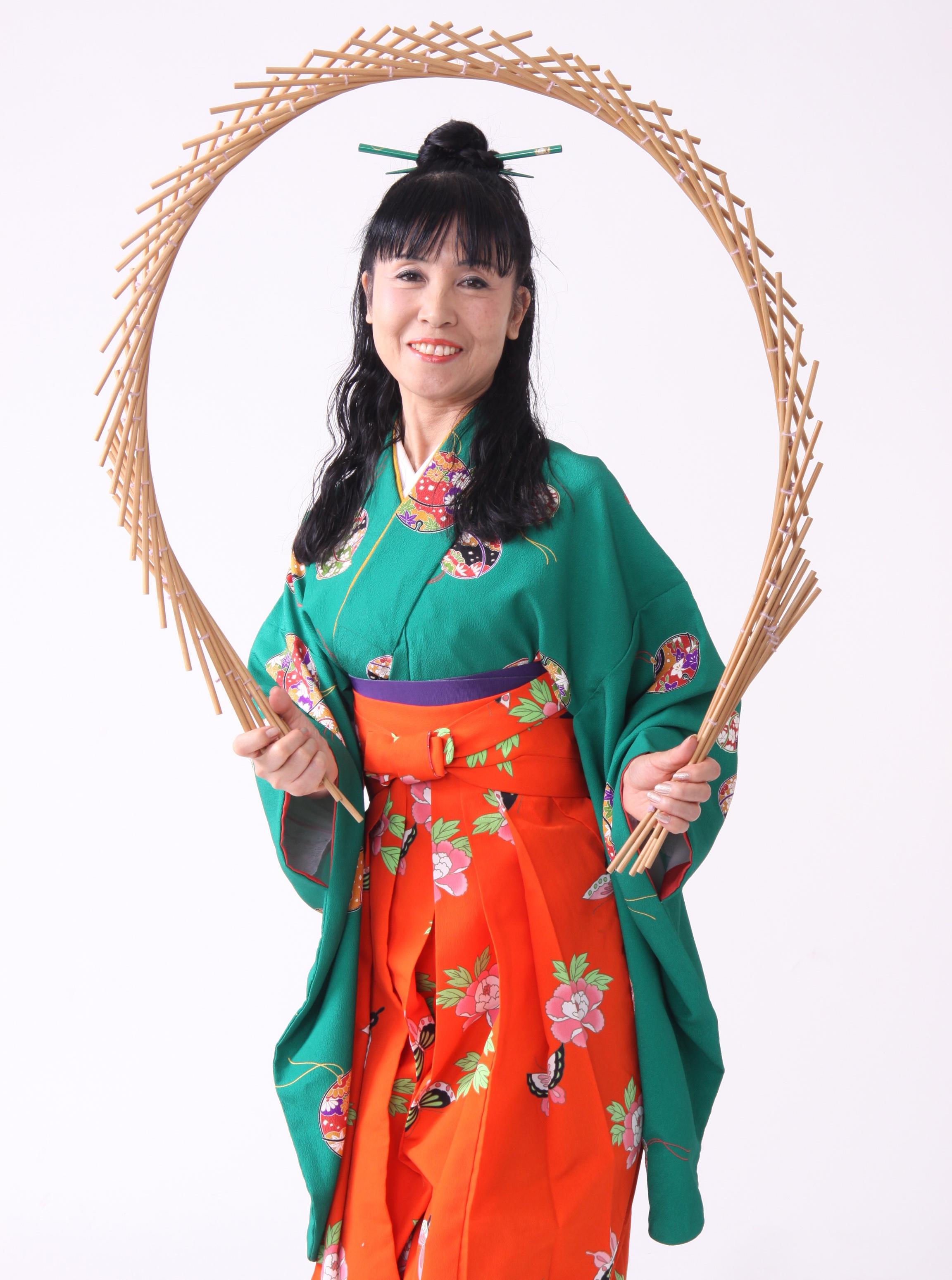 南京玉簾&和風コミックショー柳亭舞