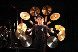 Funcussion_コンサートシンバル千手観音1