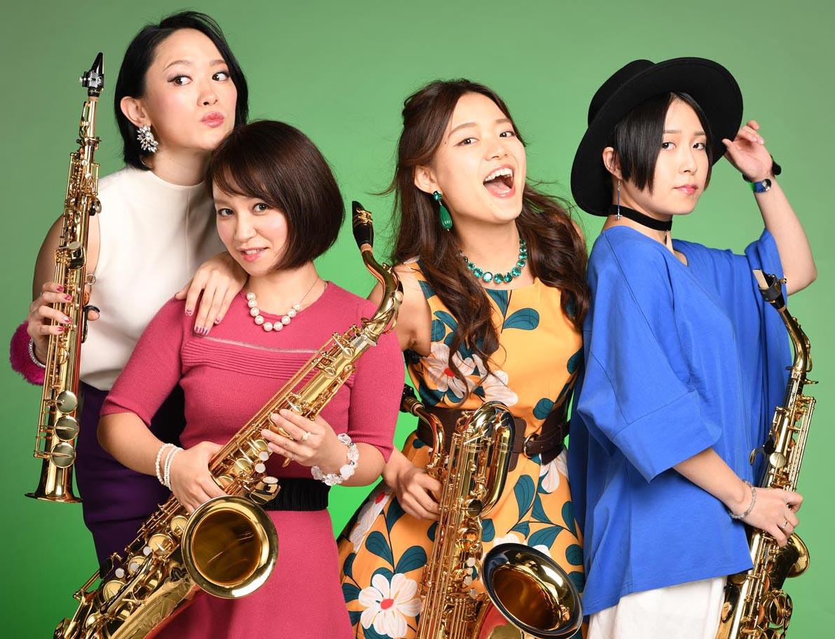 Green Ray Saxophone Quartet 華やかなサックス女性カルテット