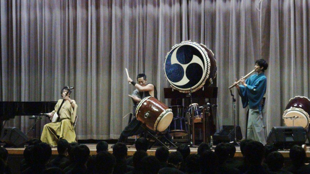 和楽器三重奏団1
